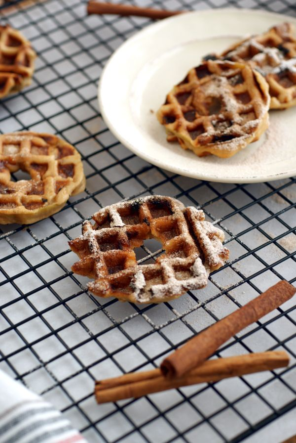 So quick and easy, Apple Waffle Fritter Rings make a great brunch OR snack! #grainfree #sugarfree #eggfree #nutfree @rickiheller
