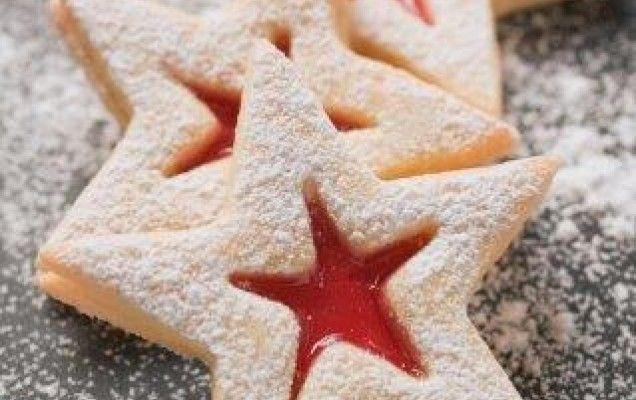 Μπισκοτάκια αστέρια με μαρμελάδα - http://goo.gl/sQD6hY