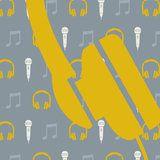 Tinkle&Cherry_Muziekbehang_met_microfoon-en_koptelefoon_grijs_geel