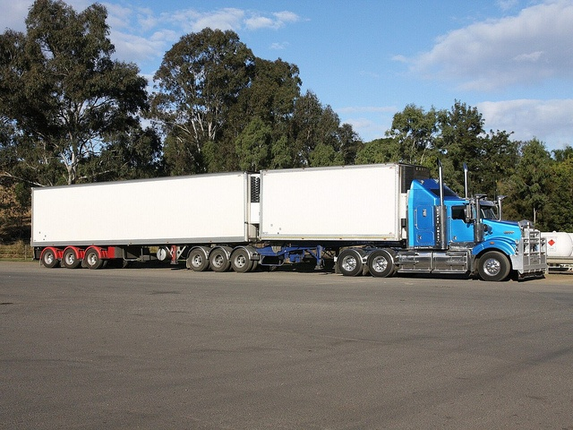 58 best images about kenworth sar on pinterest saturday for Table 52 townsville