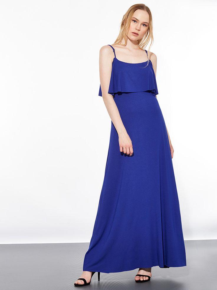 Maxi φόρεμα από βισκόζη με ανοιχτούς ώμους και βολάν στο ντεκολτέ
