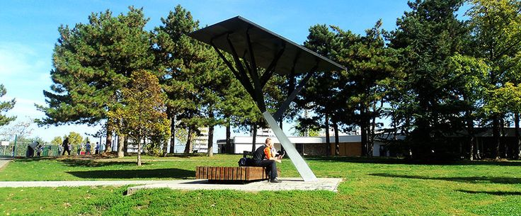 Mobile phone charging station / solar TREE Strawberry Energy