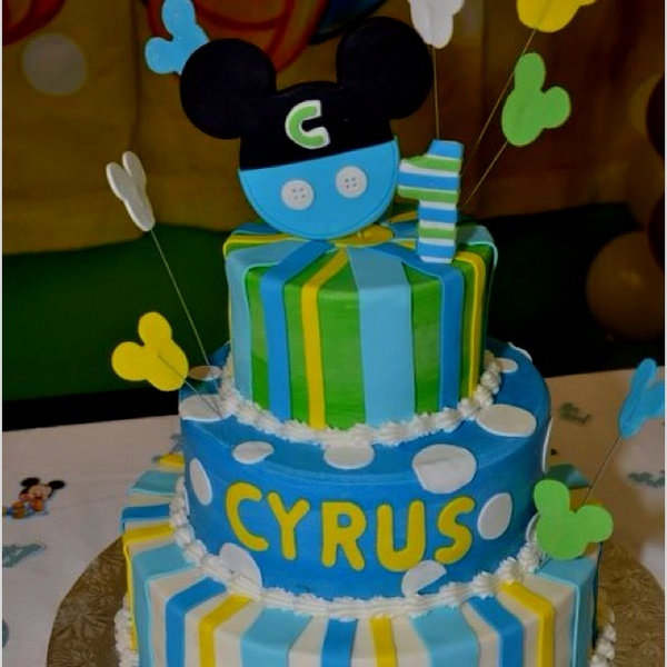 My sons birthday baby Mickey theme, I designed the cake but it was made at Tinas Original Cake Design in Doral, FL I love the way the cakes are made! The Mickey mouse on top was based on his invitation made by Lisa handmade invitations. Lisa is amazing and customized it to baby Mickey. love-the-things-i-pin