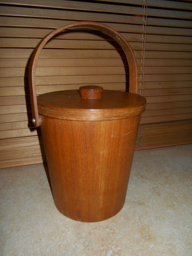 Teak Ice bucket with aluminum lining - very cool!