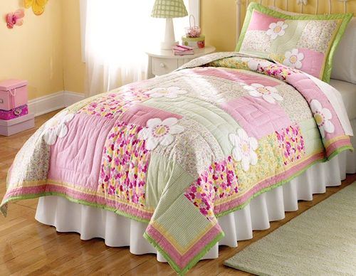 Floral pink and green bedding 2pc twin quilt set kids for Pink and green kids room