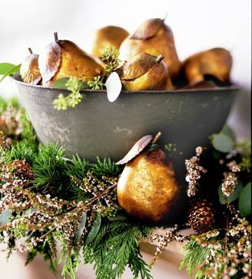 Love this gilded gold look for holiday decorating. DIY with ANY object- pictured here, faux pears (purchased at the craft store) dip in gold paint (http://www.marthastewart.com/266859/gilded-pinecones) or use goldleaf. Gild by applying dark walnut stain and blotting/apply with a dry cloth. http://www.hgtv.com/handmade/how-to-make-an-ornate-framed-chalkboard/page-2.html