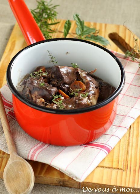 Civet de lapin. Plat du jour maison du Restaurant Le Saint-Hubert de Briare (Loiret, Région Centre, France) http://www.lesainthubert.com/blog/?p=3213