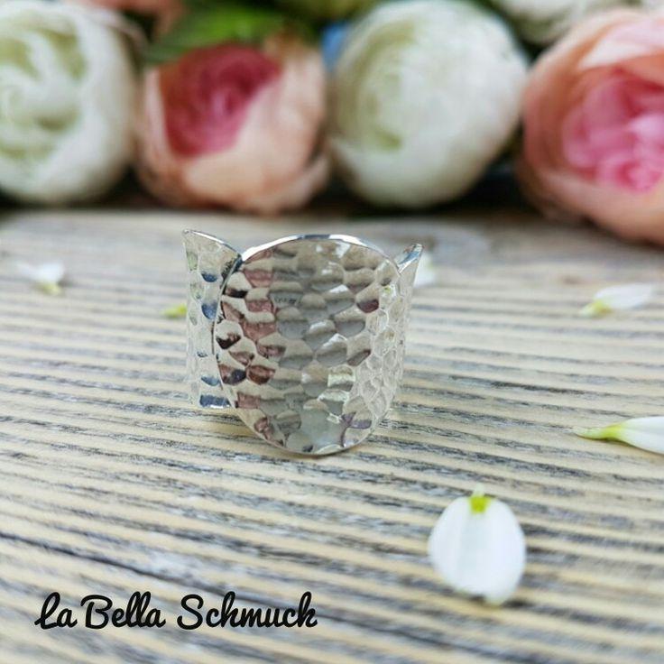 Gehärteter Ring http://www.labella-schmuck.ch/produkt-kategorie/ringe/