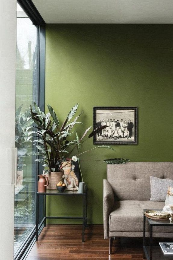 Pin By Tasha Bushong On Decor In 2020 Paint Colors For Living Room Living Room Colors Living Room Green