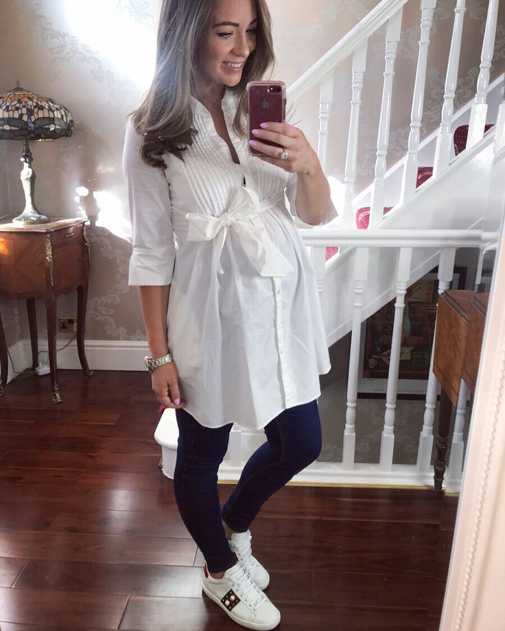 Nothing says more about spring than a crisp white shirt. – Umstantsm …   – Sch…