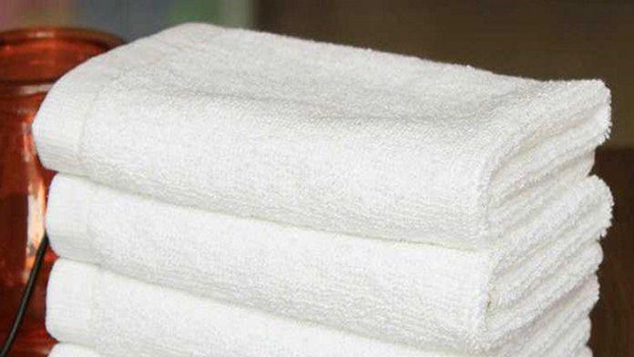Jednoduchý trik jak vybělit špinavé ručníky bez praní – používali ho již naše babičky! | Vychytávkov