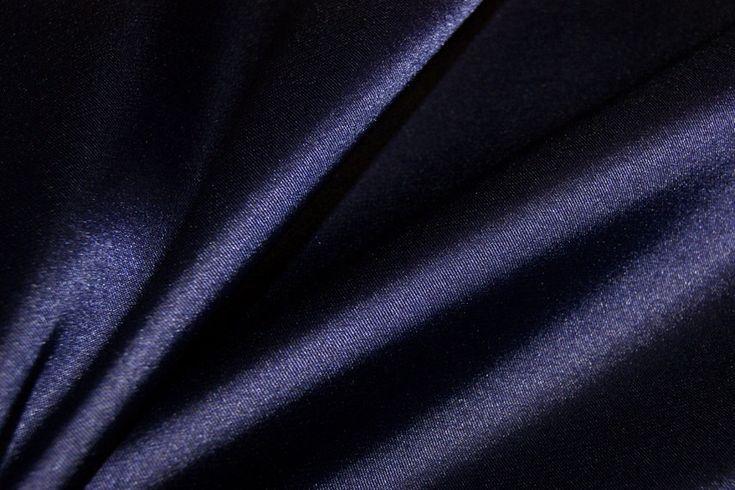 NB 4241-47 Satijn stretch donkerpaars/blauw ? De Stoffenkraam > Satijn stof online bestellen.