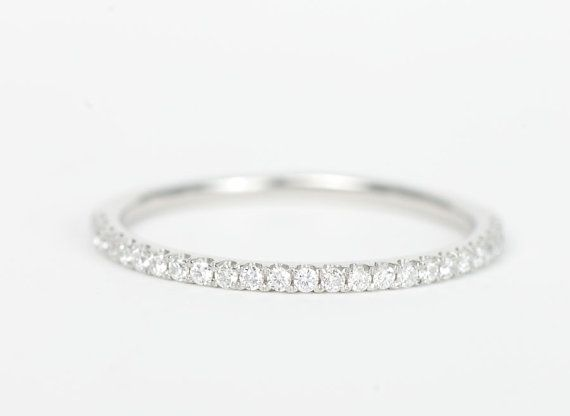 €363,64 platine / diamant 0,15 carats (25x) / largeur 1,5mm