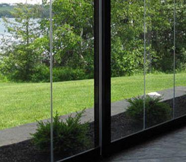 Üvegterasz, Üvegbalkon, Üvegtető, Járható üvegfelület beépítése az egész országban. Mindigterasz. Minden idők terasza!