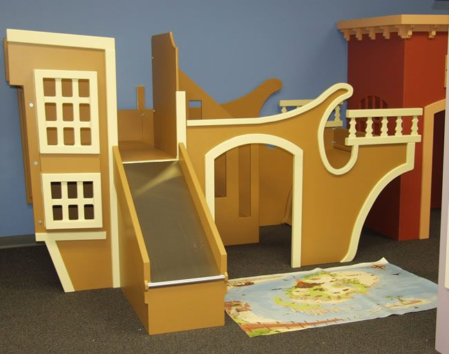 Pirate Ship Playhouse with Slide... hum I think I could make this... one day.