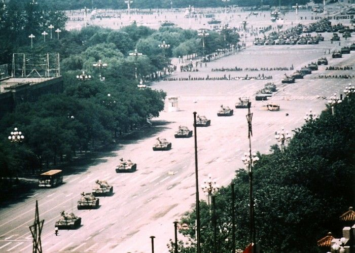I had never seen this full shot of the man standing before the tank its not just a tank its a freaking army...