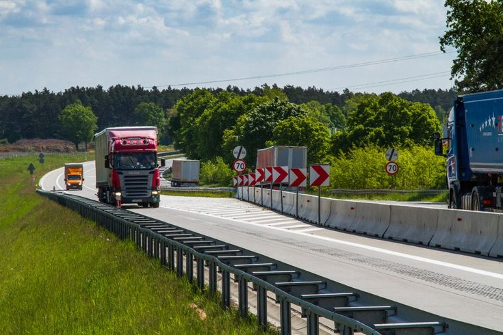Thanks to its strategic position in the centre of Europe, along with a developed network of motorways, Poland is ideal location for business and investment.