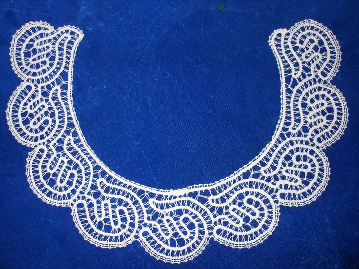 dress collar in Russian tape lace