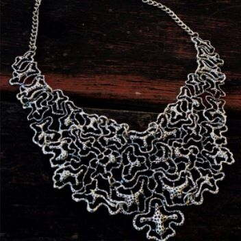Mesh necklace #accessories #jewelry #statementnecklace #necklaces