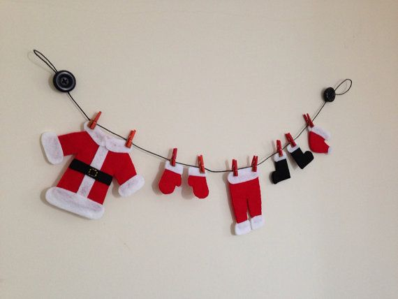 Santa's washing line. Cute felt Christmas garland on Etsy, £12.00