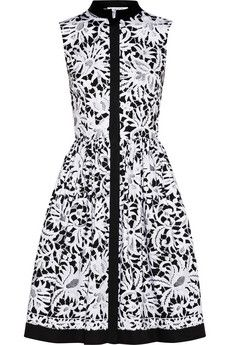 I live the simplicity of this look. Oscar de la Renta Printed stretch-cotton shirt dress | NET-A-PORTER