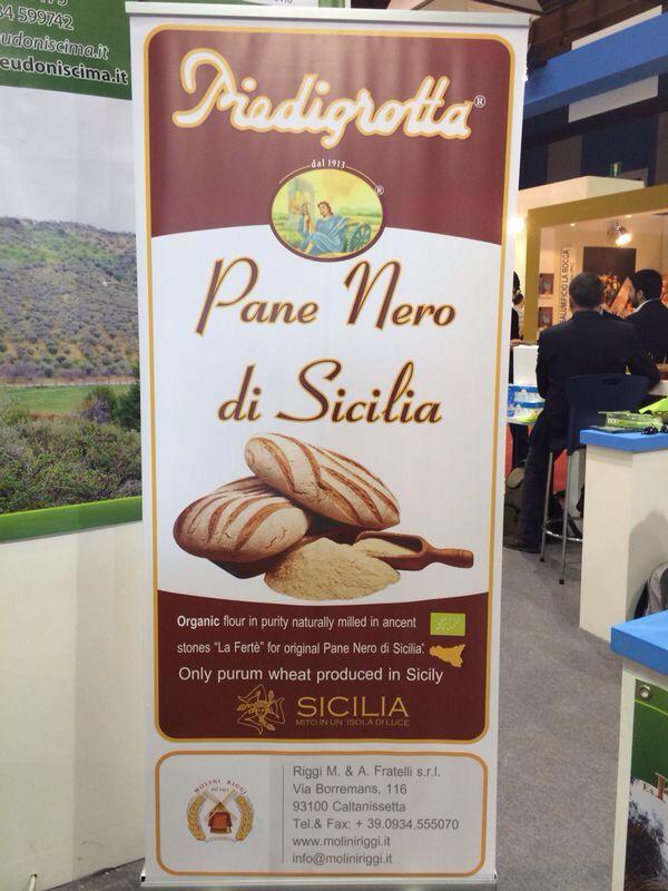 Pane Nero di Sicilia - Farina di Timilia macinata a pietra naturale