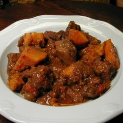 Moroccan Sweet Potato Beef Stew - A Great Crockpot Recipe..Healthy and delicious... a low fat meal that's quick and easy.. just a few minutes of prep