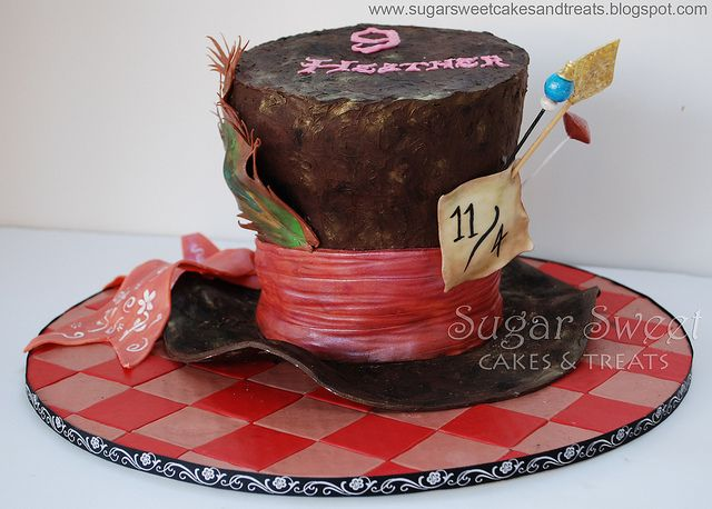 Mad Hatter Cake... Can I PLEASE have this for my birthday?!