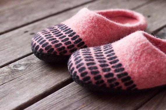 Coral felted slippers textured home shoes by AureliaFeltStudio