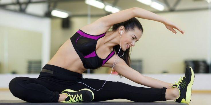 Los ejercicios con método taba están de moda en todo el mundo. Se trata de una serie de ejercicios de alta intensidad que tiene que realizarse únicamente durante 4 minutos al día.  En la rutina que te traemos hoy losejercicios tabata lo podrás realizar en casa , se esta manera podrás…