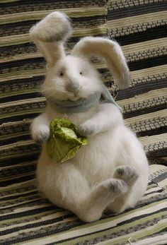 Another sweet bunny. I really need to make one like this.
