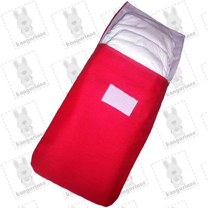 Bolsa porta pañales de color rojo vivo con capacidad de hasta 6 pañales. (PVP: 9,95 € + Gastos de envío)