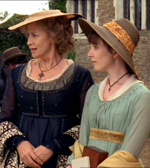Janet McTeer (Mrs. Dashwood) & Hattie Morahan (Elinor Dashwood) - Sense & Sensibility directed by John Alexander (TV Mini-Series, BBC, 2008) #janeausten