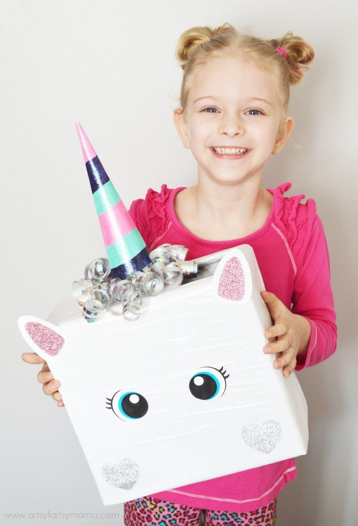 Unicorn Valentine Card Box  out of a regular box! Soo cute. Super adorable DIY Valentine's Day Card Box holder or candy/treat box idea! Such a cute craft for your kids classroom Valentines party at school! #plaidcrafts #modpodge #applebarrel