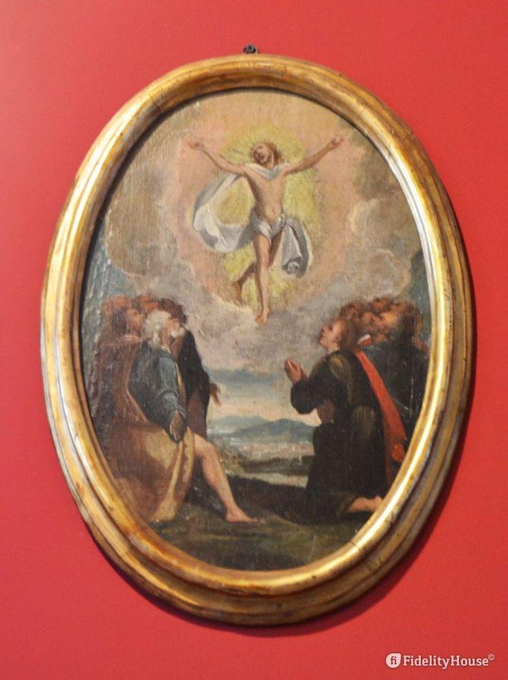 """Il secondo mistero """"Glorioso"""" ricorda Gesù che sale al cielo mentre gli Apostoli lo stanno a guardare."""