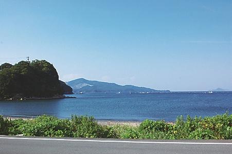 ビーチに沿った海岸線の眺め