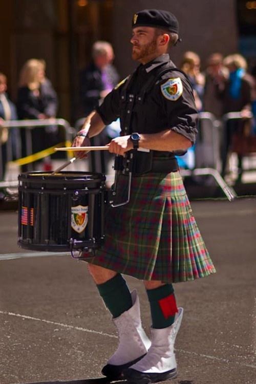 Drum kilt.....love a man in a kilt!!!!