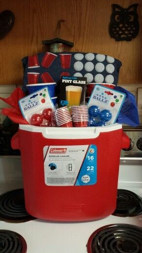 Beer Pong Gift Basket    This is a great gift basket for a college student, to enjoy this classic beer drinking game. They can play it with their friends at school.