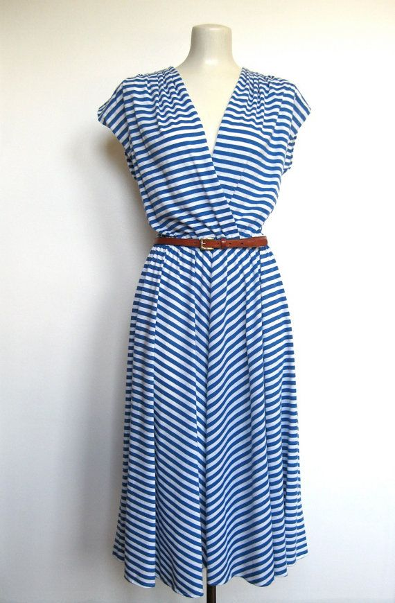Kat Tanita of With Love From Kat styles a navy blue and white chevron dress by Diane von Furstenberg for a Fourth of July weekend in Nantucket, MA.