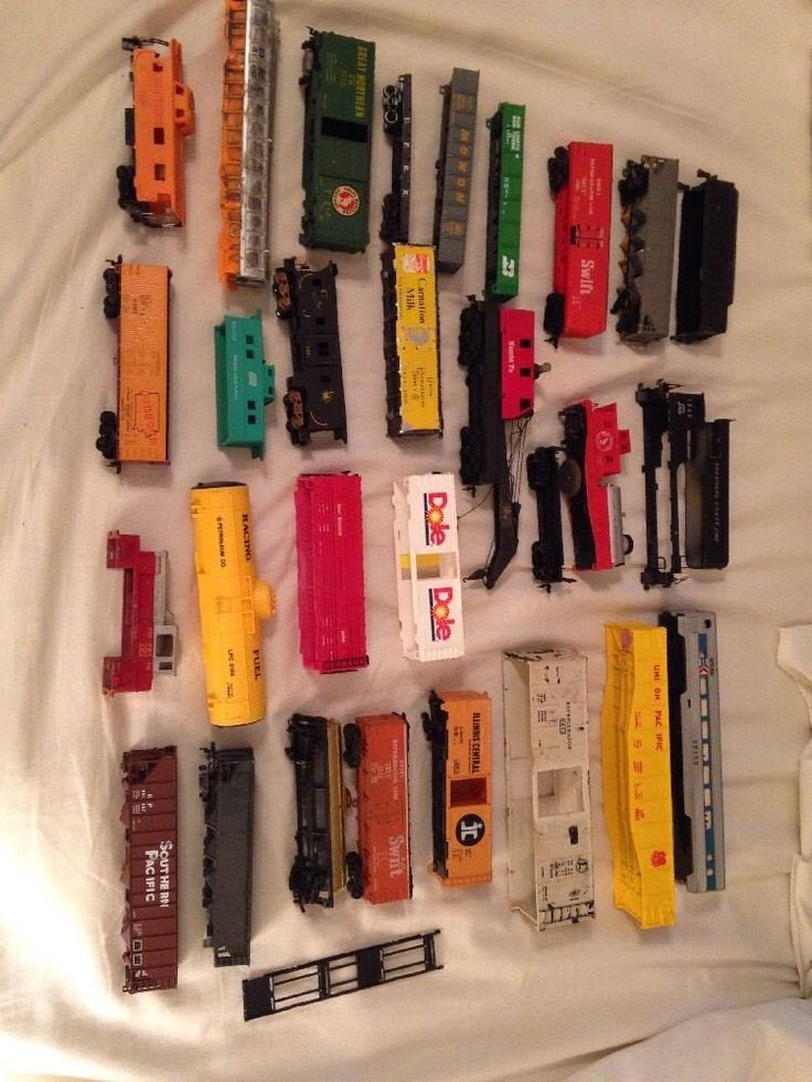 Lot Of Train Cars, Parts and Accessories 30 Total #MultipleBrands Lot Of Train Cars, Parts and Accessories 30 Total