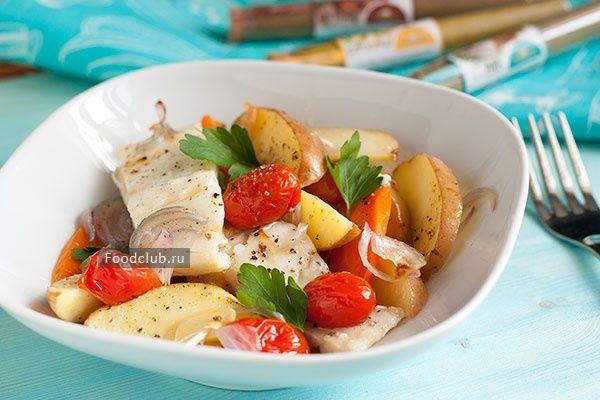 Треска, запеченная совощами http://amp.gs/zdpa  #foodclub #рецепт #вкусно #обед #ужин