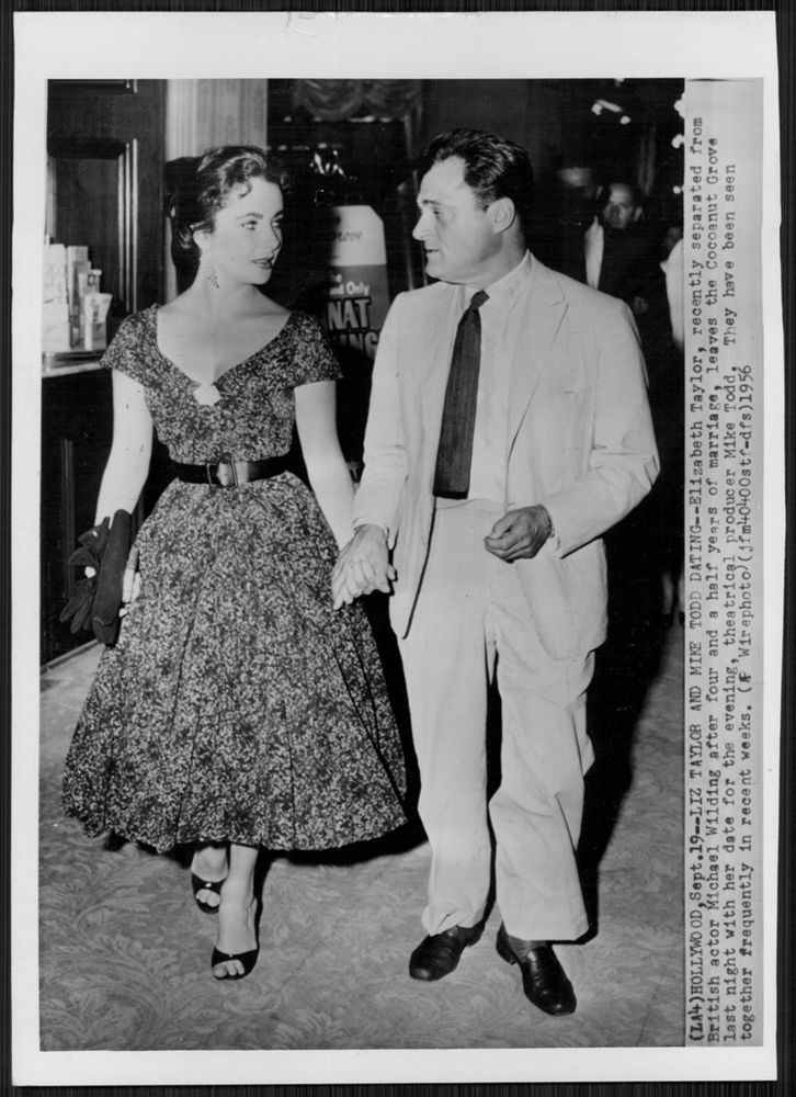 1956 ELIZABETH TAYLOR and Mike Todd Dating Cocoanut Grove Press Photo