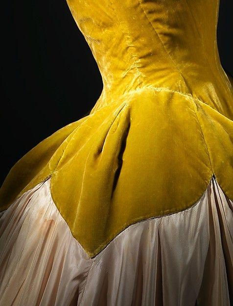 """""""Petal"""" Designer: Charles James (American, born Great Britain, 1906–1978) Date: 1951 Culture: American Medium: silk Dimensions: Length at CB: 60 in. (152.4 cm)"""