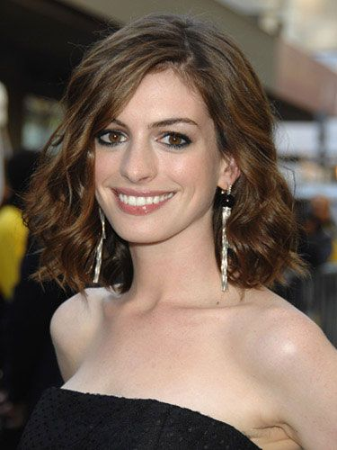 One of the best actresses of my generation.Bobs Haircuts, Shorts Hair, Bobs Hairstyles, Hair Cut, Hair Style, Long Bobs, Celebrities Hairstyles, Hair Color, Anne Hathaway
