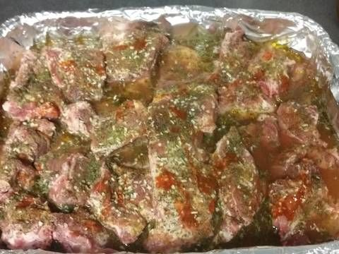 Great recipe for Neck-Breaking Neckbones. Neckbones are cheaper then oxtails, so I had to learn to make them taste just as good!