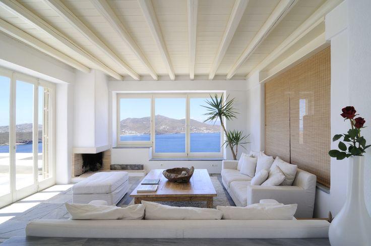 en octubre disfruta del silencio y el relax de la isla, thesuites MYKONOS #summer #design #lifestyle #blue&white #thesuites #nohotels