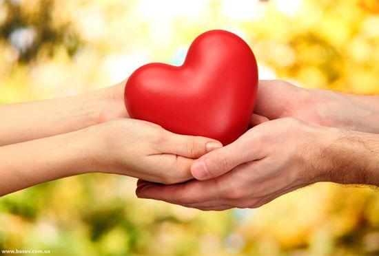 Кто может любить больше? Ответ очевиден – Всевышний – тот, кого все просят о помощи, кого восхваляют. А что значит любовь Аллаха? http://islam.com.ua/etika/19008-pogovorim-o-lyubvi