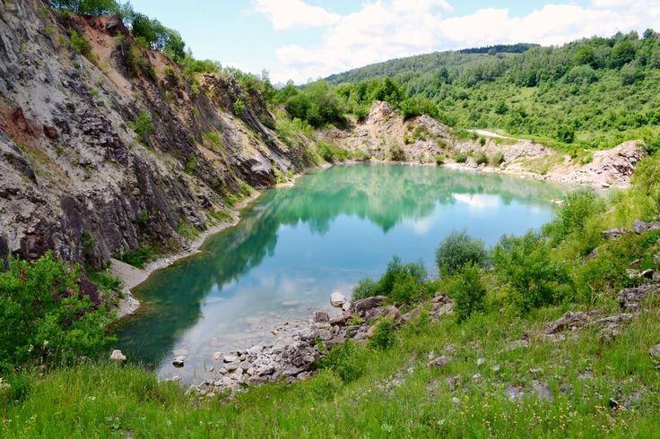 Tyrkysové jazierko Beňatina - Vyletik.eu #priroda #nature #slovensko #slovakia #cestovanie #travel