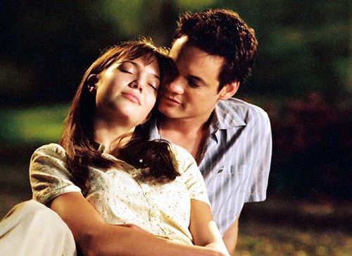 "6. ""A Walk to Remember"" despite losing the fight for her life, she manages to inspire another person to live a life to the fullest."