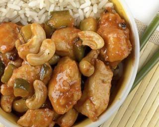 Poulet sauté aux noix de cajou façon chinoise